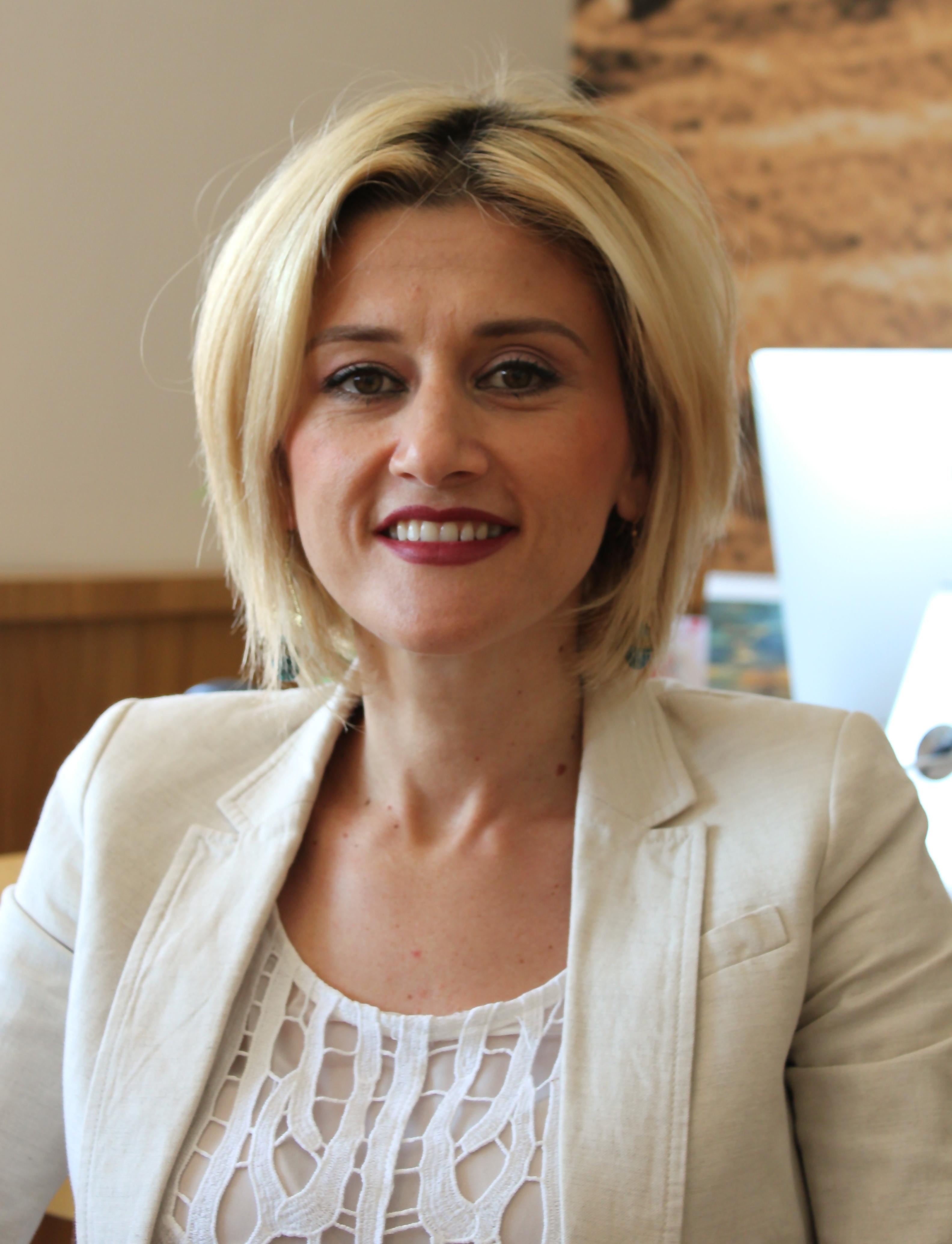 Kosovo women dating